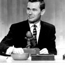 """THE TONIGHT SHOW WITH JOHNNY CARSON"" IN NEW YORK 8X10 PUBLICITY PHOTO (AA-870)"