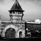 HISTORIC FOLSOM STATE PRISON - 8X10 PHOTO (AA-914)