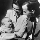 GEORGE HW AND BARBARA BUSH HOLDING THEIR SON GEORGE W. BUSH 8X10 PHOTO (AA-968)