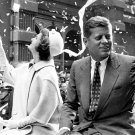JOHN F. KENNEDY AND WIFE JACKIE IN NYC TICKER-TAPE PARADE - 8X10 PHOTO (AA-998)