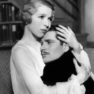 INA CLAIRE & LAURENCE OLIVIER IN THE 1932 PLAY 'BIOGRAPHY' - 8X10 PUBLICITY PHOTO (AZ-007)