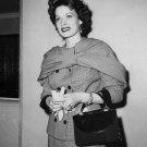 MAUREEN O'HARA LEGENDARY FILM ACTRESS - 8X10 PUBLICITY PHOTO (ZY-067)