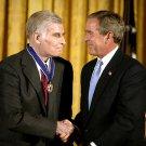 GEORGE W BUSH PRESENTS PRESIDENTIAL MEDAL TO CHARLTON HESTON 8X10 PHOTO (BB-993)