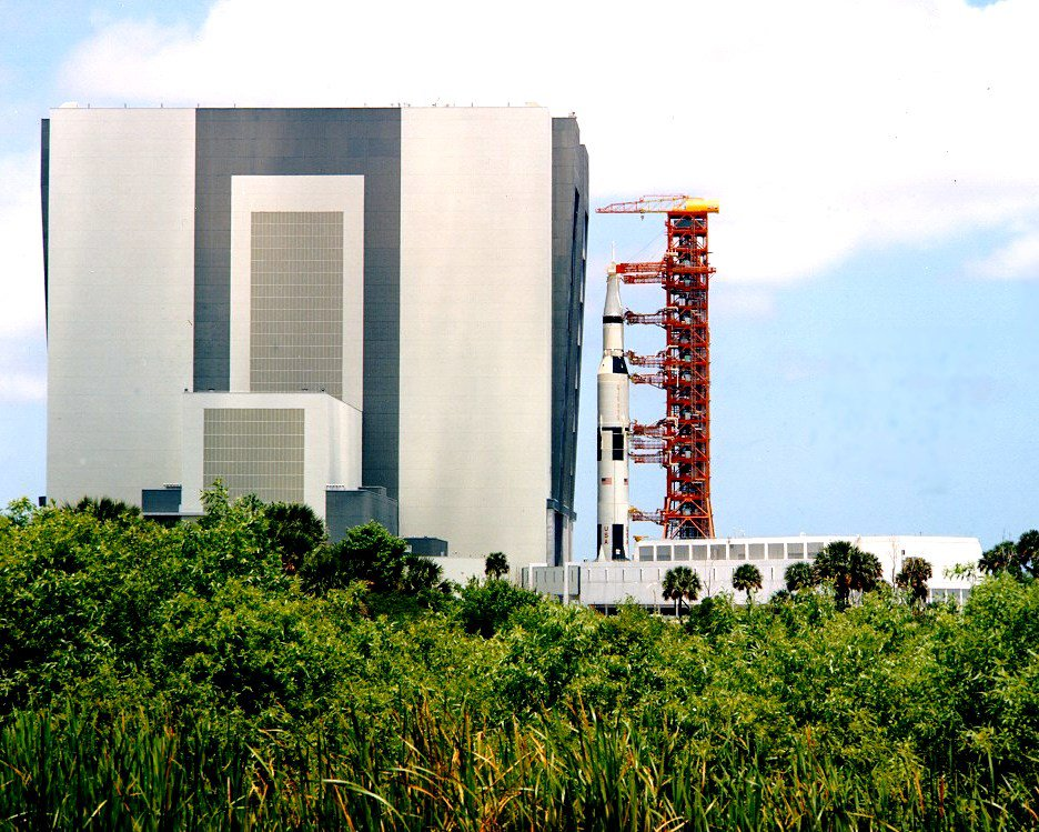 APOLLO 11 SATURN V 5 ROLL OUT FROM VAB SIDE VIEW - 8X10 NASA PHOTO (CC-107)