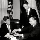 PRESIDENT JOHN F. KENNEDY RECEIVES INAUGURAL MEDAL - 8X10 PHOTO (BB-338)