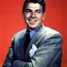 RONALD REAGAN ACTOR & FUTURE PRESIDENT OF THE US - 8X10 PUBLICITY PHOTO (EP-810)