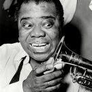 LEGEDNARY JAZZ TRUMPETEER LOUIS ARMSTRONG - 8X10 PHOTO (AB-004)