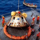 APOLLO 11 COMMAND MODULE LOWERED TO DECK OF USS HORNET 8X10 NASA PHOTO (ZY-184)