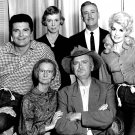 THE CAST FROM 'THE BEVERLY HILLBILLIES' - 8X10 PUBLICITY PHOTO (ZZ-610)