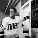 PAUL NEWMAN IN THE FILM 'SLAP SHOT' - 8X10 PUBLICITY PHOTO (EE-045)
