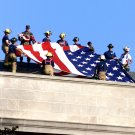 FIREFIGHTERS PREPARE TO UNFURL FLAG @ PENTAGON 9/11 SEPT 11 8X10 PHOTO (EE-054)