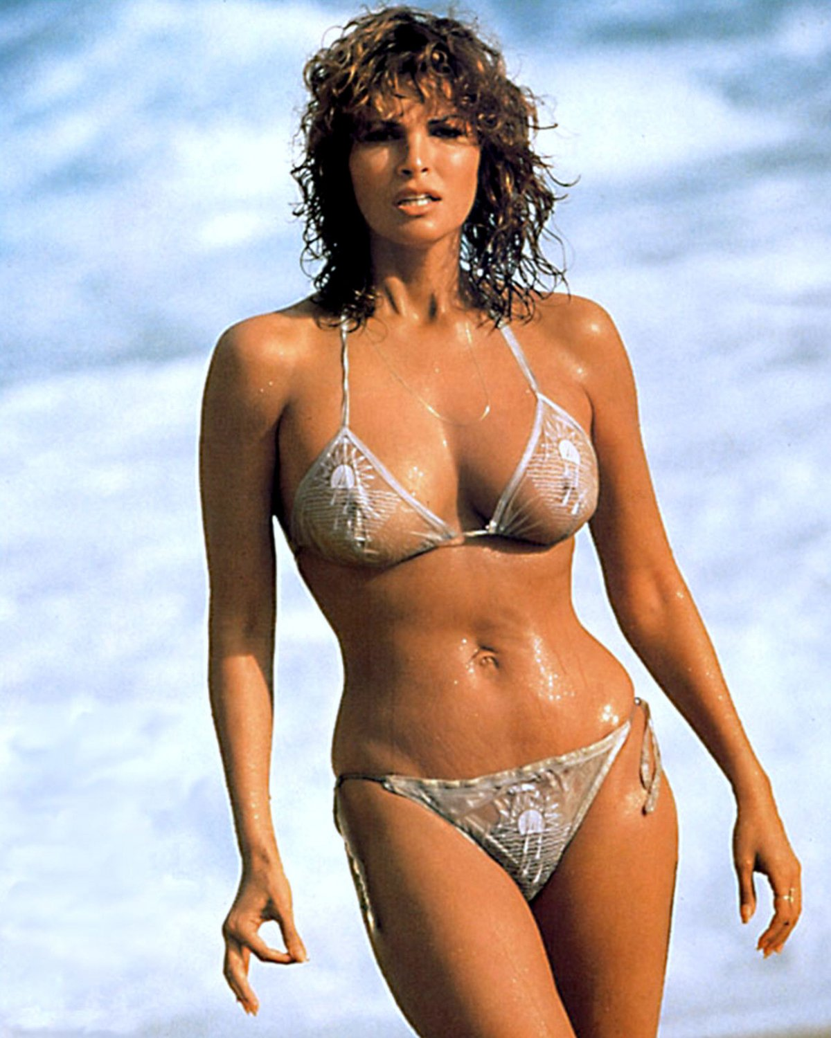 Raquel welch topless gallery — pic 5