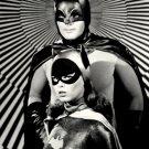 "ADAM WEST AS ""BATMAN"" & YVONNE CRAIG AS ""BATGIRL"" 8X10 PUBLICITY PHOTO (ZZ-105)"