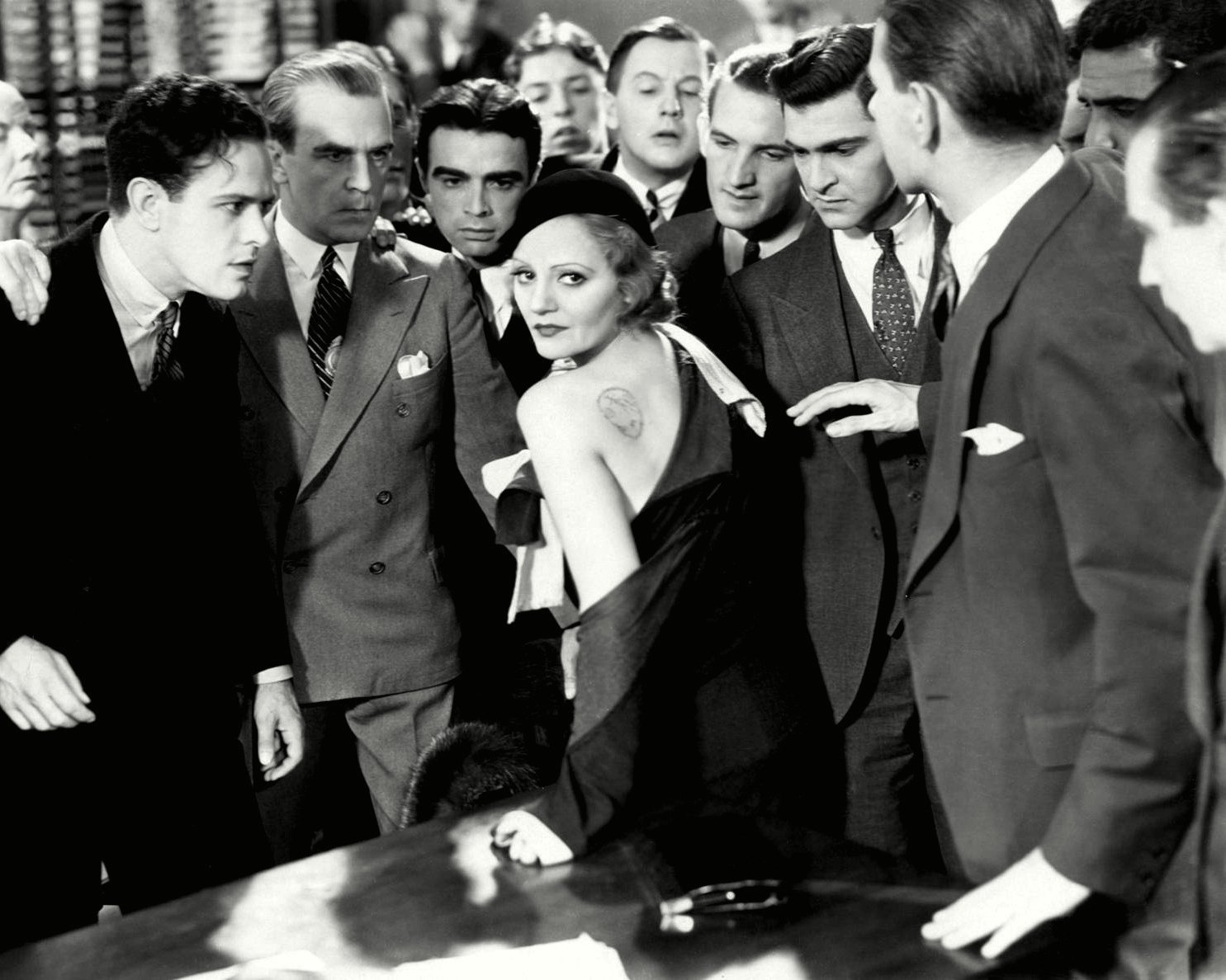 """TALLULAH BANKHEAD IN THE FILM """"THE CHEAT"""" - 8X10 PUBLICITY PHOTO (DD-141)"""