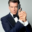 "PIERCE BROSNAN AS ""JAMES BOND 007"" - 8X10 PUBLICITY PHOTO (ZY-254)"