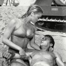 "TONY CURTIS & SHARON TATE IN ""DON'T MAKE WAVES"" - 8X10 PUBLICITY PHOTO (OP-054)"
