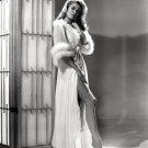 ACTRESS ELIZABETH MONTGOMERY - 8X10 PUBLICITY PHOTO (XBB-097)