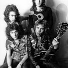 """GOLDEN EARRING"" IN 1973 DUTCH ROCK BAND - 8X10 PUBLICITY PHOTO (ZZ-020)"