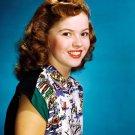SHIRLEY TEMPLE LEGENDARY FILM ACTRESS - 8X10 PUBLICITY PHOTO (DA-045)