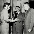CHE GUEVARA MEETS WITH GAMAL ABDEL NASSER IN CAIRO - 8X10 PHOTO (DA-211)