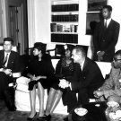 PRESIDENT JOHN F. KENNEDY MEETS WITH OLYMPIAN WILMA RUDOLPH 8X10 PHOTO (BB-410)