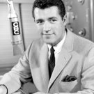 ALEX TREBEK AS A CBC NEWS ANCHOR IN EARLY 1960s - 8X10 PUBLICITY PHOTO (AB-175)