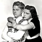 "MICKEY ROONEY & JUDY GARLAND IN ""LOVE FINDS ANDY HARDY"" - 8X10 PHOTO (DA-091)"