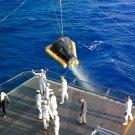 GEMINI 3 SPACECRAFT HOISTED ABOARD THE USS INTREPID - 8X10 NASA PHOTO (AA-637)