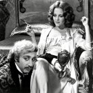"GENE WILDER & MADELINE KAHN ""YOUNG FRANKENSTEIN"" - 8X10 PUBLICITY PHOTO (ZY-289)"
