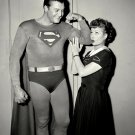 GEORGE REEVES (AS SUPERMAN) LUCILLE BALL IN 'I LOVE LUCY' - 8X10 PHOTO (DA-448)