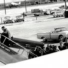 CASKET OF JOHN F. KENNEDY LOADED ON AIR FORCE ONE IN DALLAS 8X10 PHOTO (BB-779)