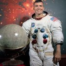 APOLLO 13 ASTRONAUT FRED HAISE - 8X10 NASA PHOTO (AZ114)