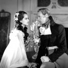 "LESLIE HOWARD AND MERLE OBERON IN ""THE SCARLET PIMPERNEL"" - 8X10 PHOTO (NN-190)"