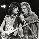 "RON WOOD AND ROD STEWART ""FACES"" - 8X10 PUBLICITY PHOTO (AZ-160)"