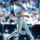ROBIN YOUNT MILWAUKEE BREWERS HALL OF FAME PLAYER - 8X10 SPORTS PHOTO (AZ170)