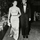 SENATOR JOHN F. KENNEDY WITH WIFE JACQUELINE - 8X10 PHOTO (ZZ-665)