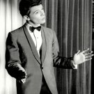 FRANKIE AVALON SINGER AND ACTOR - 8X10 PUBLICITY PHOTO (DA-763)