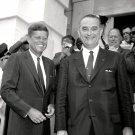 SENATORS JOHN F. KENNEDY AND LYNDON B. JOHNSON AUGUST 1960 - 8X10 PHOTO (AA-282)