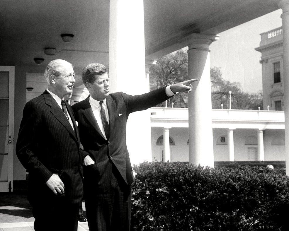 PRESIDENT JOHN F. KENNEDY WITH HAROLD MACMILLAN BRITISH PM - 8X10 PHOTO (AA-284)