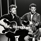 THE EVERLY BROTHERS LEGENDARY MUSIC ARTISTS - 8X10 PUBLICITY PHOTO (AA-288)