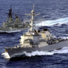 HMAS BRISBANE AND USS JOHN S. McCAIN CRUISE SIDE-BY-SIDE - 8X10 PHOTO (AB-198)