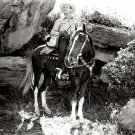 GENE AUTRY ACTOR AND SINGER COWBOY - 8X10 PUBLICITY PHOTO (AZ206)