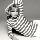 OLIVIA NEWTON-JOHN SINGER ACTRESS - 8X10 PUBLICITY PHOTO (AZ209)