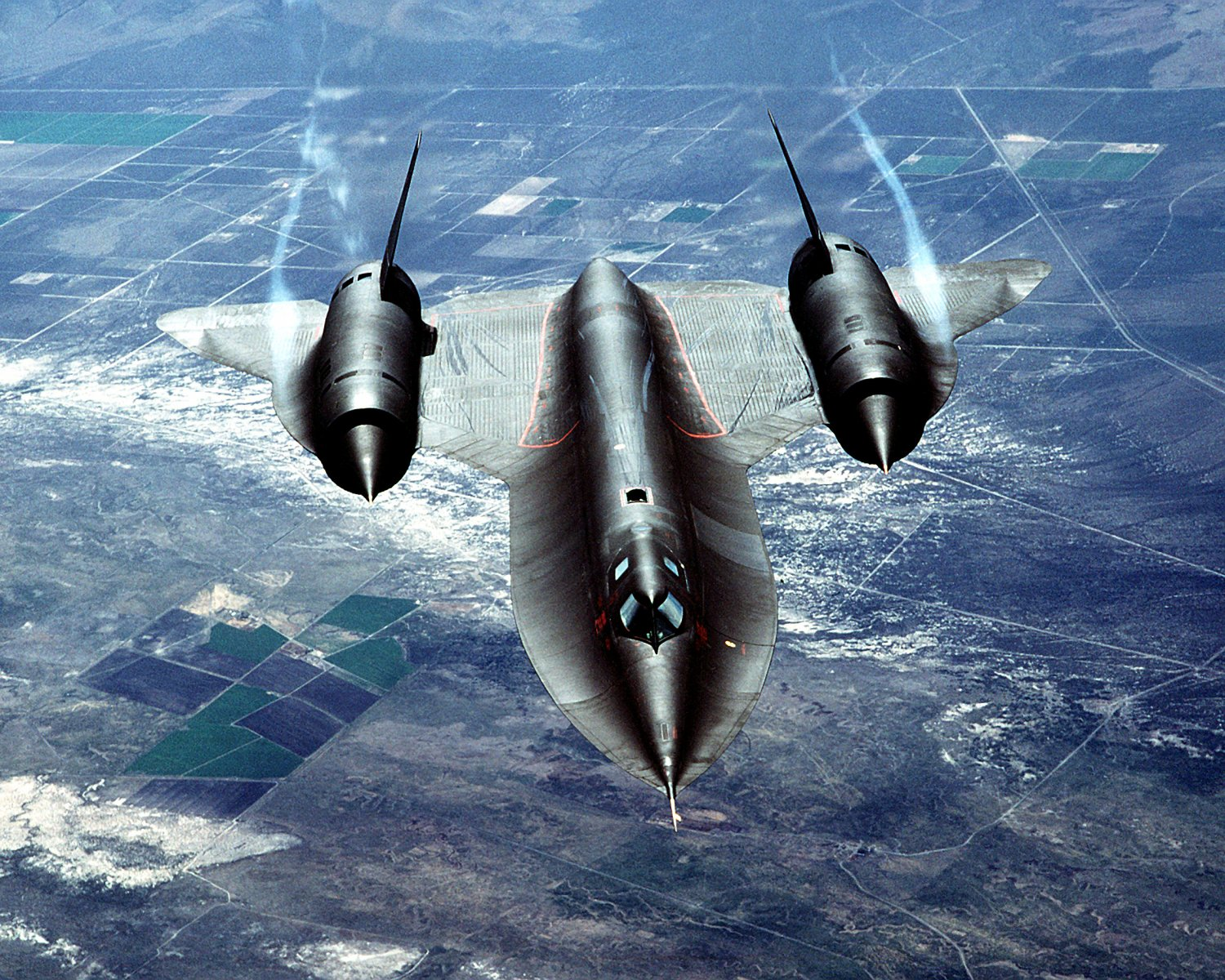 "SR-71A ""BLACKBIRD"" AIRCRAFT AIR-TO-AIR OVERHEAD VIEW - 8X10 PHOTO (AZ213)"