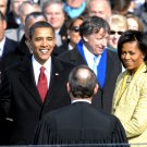 BARACK OBAMA SWORN IN AS 44TH PRESIDENT OF THE UNITED STATES 8X10 PHOTO (ZZ-065)