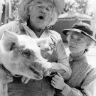 "WILL GEER & ELLEN CORBY IN TV SHOW ""THE WALTONS"" - 8X10 PUBLICITY PHOTO (AA-978)"