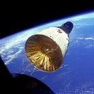 GEMINI 6 VI IN ORBIT AS SEEN FROM GEMINI 7 VII - 8X10 NASA PHOTO (EP-096)