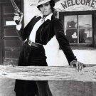 """RAQUEL WELCH IN THE 1971 FILM """"HANNIE CAULDER"""" - 8X10 PUBLICITY PHOTO (ZZ-072)"""