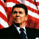 RONALD REAGAN AT RALLY FOR SEN. DAVE DURENBERGER FEB. 1982 - 8X10 PHOTO (EP-705)