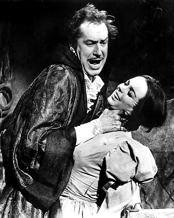 """VINCENT PRICE & BARBARA STEELE """"THE PIT AND THE PENDULUM"""" - 8X10 PHOTO (ZY-354)"""